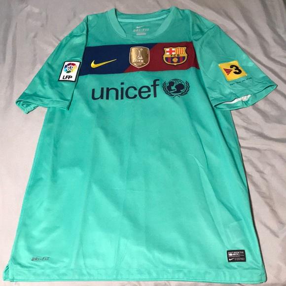 pretty nice ed306 8152b Andres iniesta Barcelona soccer Jersey
